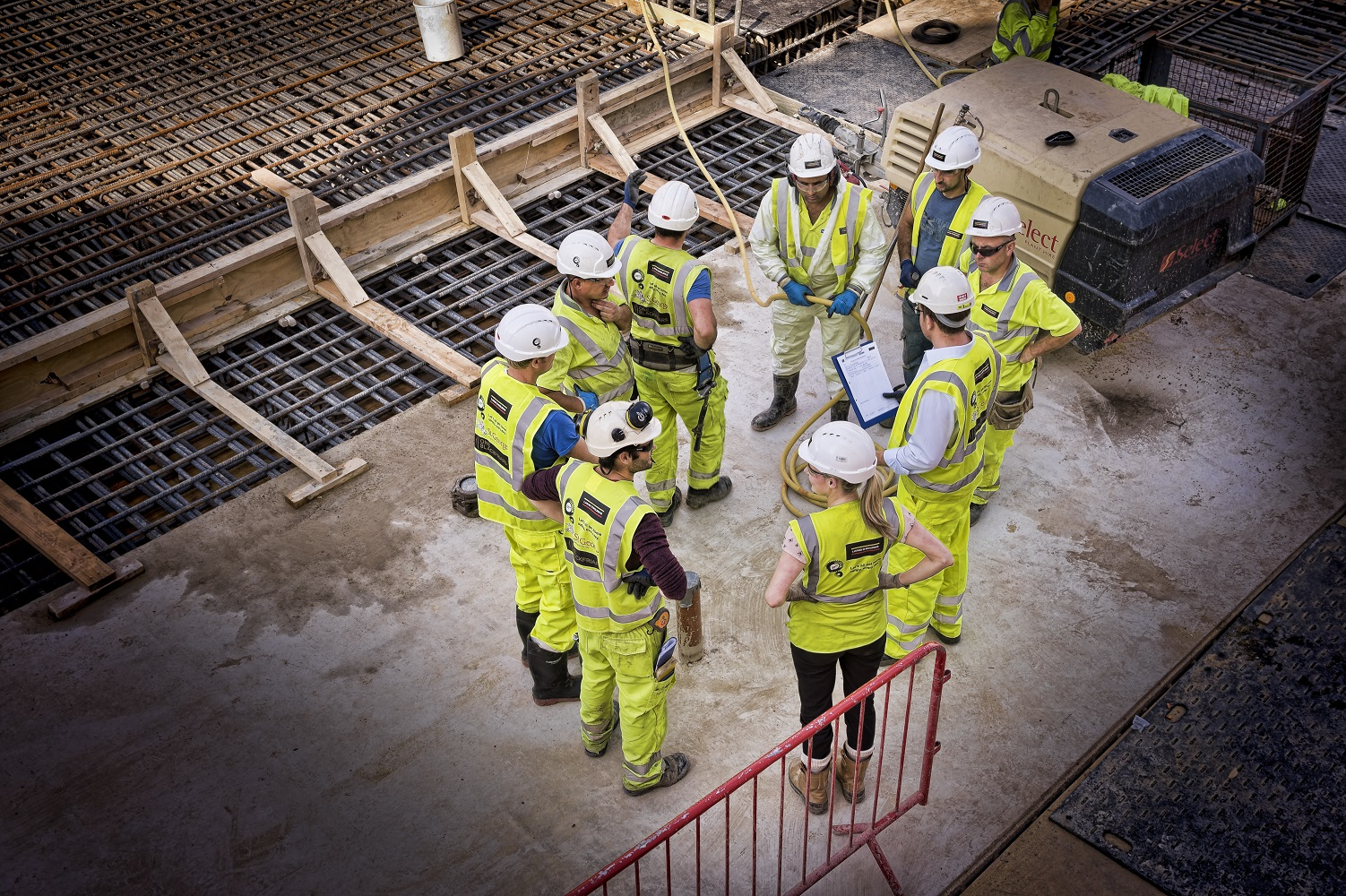 how to get a construction apprenticeship